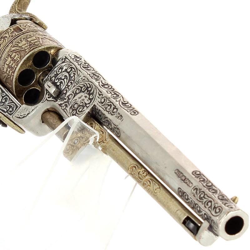 Colt Navy Revolver 1851+Canon...