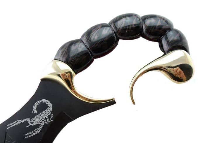 Dague scorpion de décoration